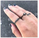 Charmin's ringen staal and black