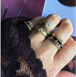 Ring R452 Gold 'Pointy Steel'_