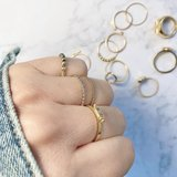 R799 Hooked On You Gold Steel_