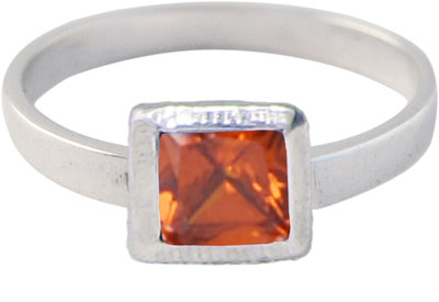 Ring KR28 'Cubic Diamond' Light Red